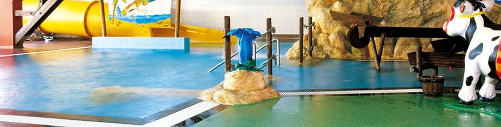 Zwembadvloeren van Silikal zijn zeer decoratief, uiterst geschikt voor natte ruimtes en antislip waardoor de veiligheid verhoogd wordt.